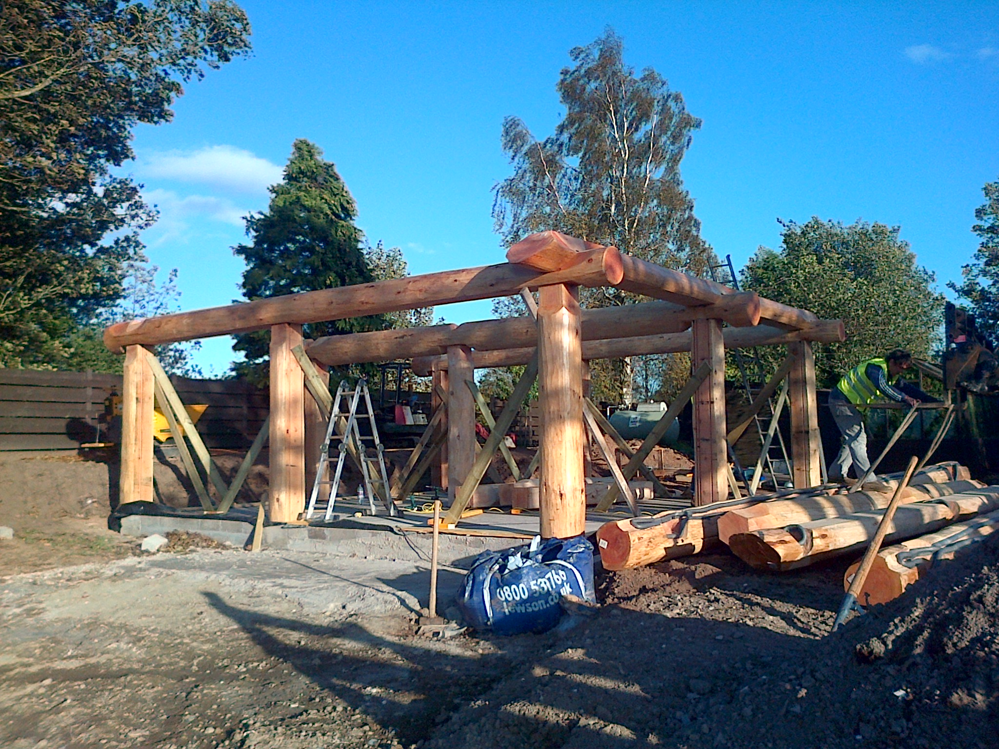 Beam setup and structure erected
